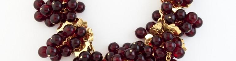 Collana con festoni di grappoli d'uva-Krizia